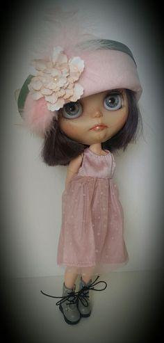 Minniebloomersdesign on.etsy Blythe in soft pink