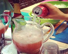This Citrus Berry Fizz is made with Grapefruit Citrus Zevia, champagne ...