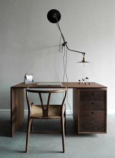 dayoris custom woodwork | modern desk