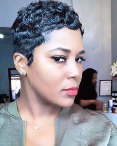 Amazing Havana Twist Braids Hairstyles 2019 For Black Girls - Fashion Insider Twist Braid Hairstyles, My Hairstyle, Wig Hairstyles, Retro Hairstyles, Short Black Hairstyles, Short Pixie Haircuts, Black Pixie Haircut, Curly Pixie, Simple Hairstyles