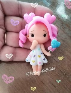 Polymer Clay People, Polymer Clay Dolls, Polymer Clay Charms, Clay Projects, Clay Crafts, Unicorn And Glitter, Gum Paste Flowers, Cute Clay, Crochet Toys Patterns