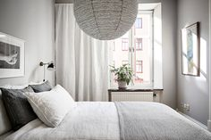 Set in a building and packed with original features, have a look at this stylish swedish apartment. Grand double doors, tall window, light, and neutral colour palette enhances the fresh and airy feel. White Apartment, Family Apartment, Scandinavian Apartment, Scandinavian Interior Design, Tall Windows, Gothenburg, Neutral Colour Palette, Double Doors, Shades Of Grey