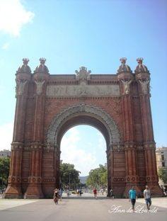 Arco de Triunfo, Summer 2011, Barcelona, Spain.