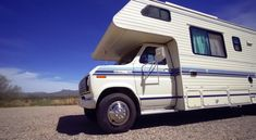 How This Couple Remodeled A 1989 Class C Motorhome This couple renovated their 1989 Ford Yellowstone Camino Classic into a unique tiny home on wheels.This couple renovated their 1989 Ford Yellowstone Camino Classic into a unique tiny home on wheels. Ford Motorhome, Vintage Motorhome, Motorhome Interior, Rv Interior, Vintage Campers, Vintage Trailers, Class C Campers, Class C Rv, Happy Campers