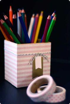 1000 id es sur le th me pot crayons sur pinterest porte crayons porte gobelets et. Black Bedroom Furniture Sets. Home Design Ideas