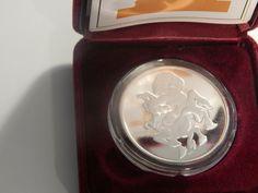Capsule Box From Tuvalu 2012 Danger series FunnelWeb Spider 1oz Silver Coin COA