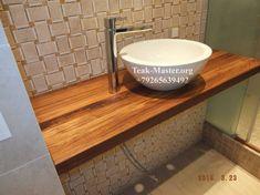 Подвесная тиковая столешница в ванной комнате, на ул. Гарибальди, от Тик-Мастер!