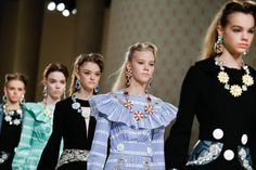 Runway Report: Material Girls (Remix) At Miu Miu @ PFW | Fashion Magazine | News. Fashion. Beauty. Music. | oystermag.com