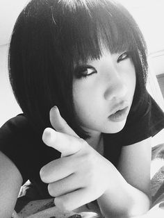 I'm kinda obsessed with Minzy's hair .___.