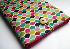 another potential DIY case Nook Cover, Sewing Projects, Projects To Try, Diy Case, Kindle Case, Book Nooks, Creative Art, Needlepoint, Crafty