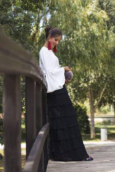 Look invitada de tarde: la falda de volantes   Invitada Perfecta Zendaya Coleman, Festival Fashion, Mother Of The Bride, Lace Skirt, Dress Up, Glamour, Gowns, Skirts, Outfits