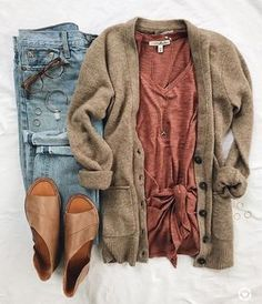 Always looking gorgeous can get expensive check out all these awesome discounts Source by charliemathieu fall outfits casual Trend Fashion, Look Fashion, Womens Fashion, Fall Fashion 2018, Fashion Flatlay, Fashion Ideas, Ladies Fashion, Fashion Lookbook, Women's Fall Fashion