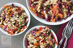 Crunchy Walnut Coleslaw (no mayo) Vegan Dinner Recipes, Vegan Dinners, Raw Food Recipes, Vegetarian Recipes, Healthy Recipes, Slaw Recipes, Go Veggie, Cabbage Recipes, Clean Eating