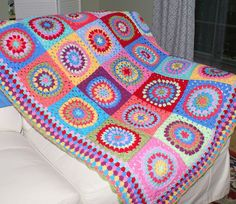 Dutch Girl Diary: The Fiesta Blanket ... a really beautiful piece. Posting this with a new link as the pin I found it through is broken.