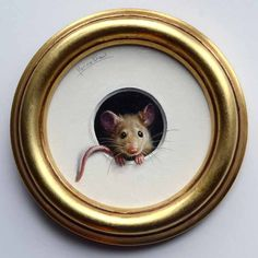 Could you decopage a photo instead since I can't paint that well. mouse trompe l'oeil