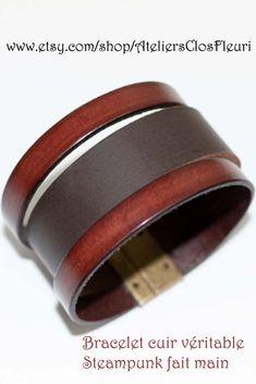 Bracelet en cuir véritable bovin, fait main en France, dans un style  Steampunk. 5aff5654ce7