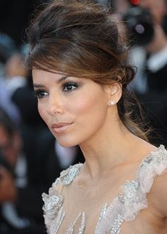 Evening makeup for brown eyes - creating an image of Eva Longoria
