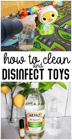 How to Clean and Disinfect Toys Naturally- DIY disinfecting spray to clean baby toys, great for daycares and toy rooms! Cleaning Toys, Cleaning Spray, Cleaning Hacks, Homemade Cleaning Products, Natural Cleaning Products, Disinfectant Spray, Distilled White Vinegar, Toy Rooms, Baby Bottles