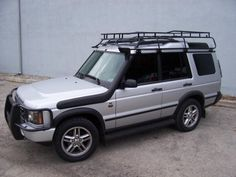 Looking for off road accessories for the Land Rover Discovery Series We create the highest quality off road roof racks, ladders, and more for the Series II. Chevy Trucks Older, Old Ford Trucks, Lifted Chevy Trucks, Pickup Trucks, Off Road Truck Accessories, Land Rover Discovery 2, Best 4x4, Cars Land, Chevy Chevrolet