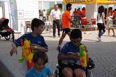 Después del esfuerzo de la carrera, llega la diversión... nuestros paratrikids no conocen el descanso y reposo!!