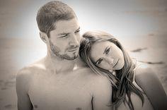 Models on the beach, spec Hollister advertisement. | © Michael Modecki 2010 | Visit http://modecki.com