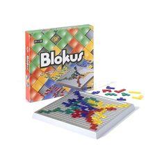 Blokus es un juego de mesa sencillo pero tremendamente adictivo.  Es un juego de planteamiento puramente estratégico en el que el objetivo es abrirse el máximo espacio posible desde el principio para evitar quedar cerrado, lo que dificultaría enormemente el despliegue.