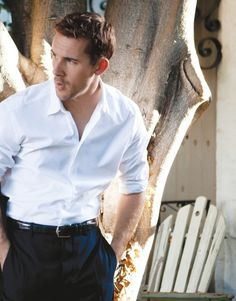 Barry Sloane photos, including production stills, premiere photos and other event photos, publicity photos, behind-the-scenes, and more.