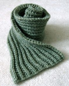 25 Free Beginner Knitting Patterns.