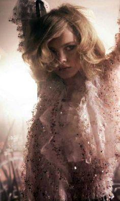 Image Via: Natalia Vodianova by Glen Luchford