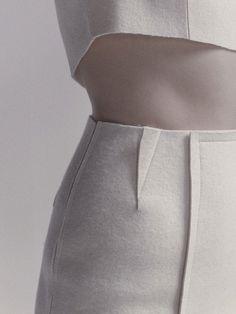 Skirt with exposed dart detail; creative sewing idea; close up fashion details // 100 Tavaraa by Heta Vajavaraa