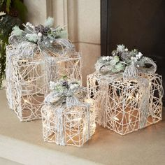 Add light and holiday cheer to your home with the beautiful Melrose LED Snowy Gift Boxes - Set of Crafted from white and white rattan, each box features a lovely twig trim and flocked greenery to create a festive air that you'll love. Silver Christmas Decorations, Easy Christmas Crafts, Simple Christmas, Christmas Ornaments, Christmas Candles, Christmas Design, Candle Decorations, Christmas Flowers, Diy Ornaments