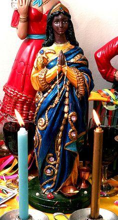 Santa Sara Kali - A Protetora dos Ciganos