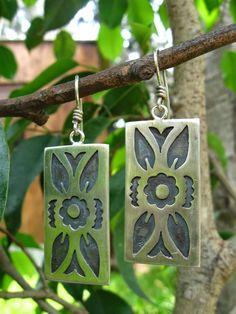 Wire Jewelry, Jewelry Art, Jewelry Accessories, Artisan Jewelry, Handmade Jewelry, Metal Art, Wearable Art, Metal Working, Dog Tag Necklace