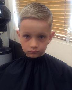 #beautyspa#boy#hair#cut#barber#barberlife#barbershop#barberworld#barberlive#стрижка#укладка#парикмахер#такая#работа by svetlana_rysyeva
