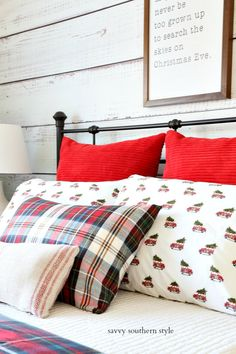 Savvy Southern Style : Mad For Plaid Christmas Farmhouse Guest Bedroom Christmas Bedroom, Christmas Porch, Farmhouse Christmas Decor, Country Christmas, Tartan Christmas, Green Christmas, Savvy Southern Style, Vintage Farmhouse, Pattern Mixing