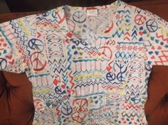 Dickies Womans Scrub Top XS Peace Signs Geometric Designs  #Dickies