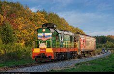 Net Photo: Russian Railways at Yoshkar-Ola, Mari El Republic, Russia by Ilya Semyonoff Diesel Locomotive, Czech Republic, High Speed, Russia, Around The Worlds, City, Train, World, Automobile
