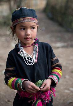Little girl, Black Lolo hill tribe - Bao lac, Vietnam # ethnic adornment