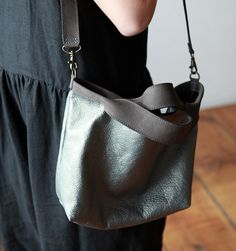 Jo for Mavenhaus Collective Shopping Bag Mini in Shimmer Gray - Mavenhaus Collective