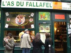 """""""Did you sell me a falafal the other day?"""" Best Falafal restaurant in Paris!"""
