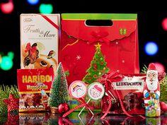 Oferta de cosuri cadou pentru Craciun 2015 este aici!!!Verifica promotiile pe www.cadoulspecial.ro Gift Wrapping, Gifts, Gift Wrapping Paper, Presents, Wrapping Gifts, Favors, Gift Packaging, Gift