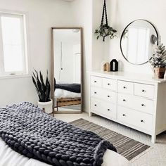 Beautiful Scandinavian Style Bedroom Decor Ideas - Home & Decor - Bedroom Decor Interior Design Minimalist, Minimalist Bedroom, Modern Bedroom, Contemporary Bedroom, Narrow Bedroom, Big Mirror In Bedroom, Minimalist Apartment, Big Mirrors, Eclectic Bedrooms
