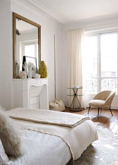7 Productive Cool Tips: Natural Home Decor Modern Lights natural home decor diy house smells.Natural Home Decor Ideas Bathroom natural home decor inspiration interior design.Natural Home Decor Living Room Coffee Tables. Bedroom Inspirations, Home Bedroom, Bedroom Interior, White Rooms, Bedroom Decor, Spare Bedroom, House Interior, Parisian Bedroom, Spare Bedroom Decor