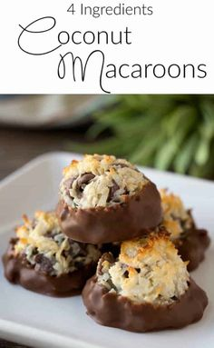 This Chocolate Dipped Coconut Chocolate Chip Macaroon Recipe makes the most sweet and chewy dessert with only 4 ingredients recipes easy 4 ingredients Coconut Macaroon Recipe - Princess Pinky Girl Passover Desserts, Passover Recipes, Easy Desserts, Delicious Desserts, Almond Joy, Almond Flour, Candy Recipes, Cookie Recipes, Top Recipes