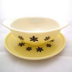 JAJ Pyrex yellow Snowflake gravy boat. From Two Time Vintage. (Cute!)