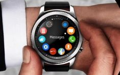 The Samsung Gear was released in the US nearly three weeks ago and so far, it appears to generate some positive responses. Now the latest Samsung smartwatch gets a new firmware update. Stylish Watches, Luxury Watches, Cool Watches, Men's Watches, Smartphone, Apple Watch, Watch 2, Samsung Gear S3 Frontier, Huawei Watch
