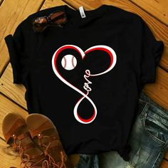 Baseball Funny T-Shirt, This t-shirt is Made To Order, one by one printed so we can control the quality. Softball Shirts, Sports Shirts, Baseball Mom Shirts Ideas, Baseball Stuff, Softball Bows, Softball Cheers, Softball Pitching, Baseball Live, Soccer