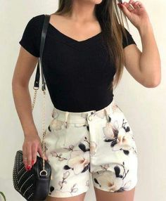 Casual chic outfit - 43 Chic Spring Work Outfits Ideas For Women With Short Skirt 2019 – Casual chic outfit Casual Chic Outfits, Teen Fashion Outfits, Short Outfits, Fashion Pants, Girl Fashion, Star Fashion, Spring Work Outfits, Cute Summer Outfits, Cute Outfits