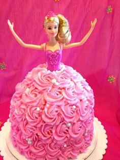 Great Image of Birthday Cake Doll Princess . Birthday Cake Doll Princess Barbie Cake How To Cake Barbie Cake Cake Barbie Birthday Cake Barbie Birthday Cake, Barbie Theme, Barbie Party, Birthday Kids, Birthday Design, Girl Birthday Cakes Easy, Homemade Birthday, Birthday Images, 50th Birthday
