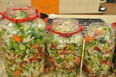 Karışık Turşu Winter Food, Fresh Rolls, Food Hacks, Guacamole, Salsa, Mexican, Homemade, Ethnic Recipes, Foods